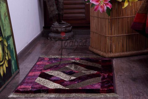 Carpet / Rug in Velvet and Brocade Pink and Purple                             21FMTA005