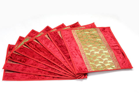 Jodhaa Table mats set of 8 in Maroon and Gold patch    21TBMA037