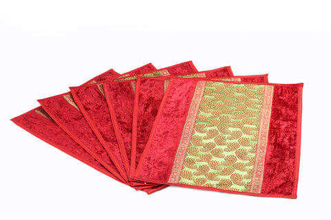 Jodhaa Table mats set of 6 in Maroon and Gold patch    21TBMA036