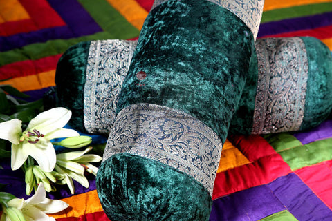 Bolster in Velvet and Brocade Green/Gold                          21BLTA003