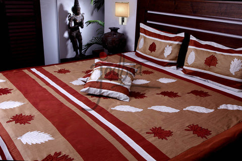 Jodhaa Double bedcover Set in Art Silk with Applique and Embroidery  11BSTA015