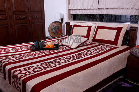 Jodhaa Double bed cover set in Printed Velvet Panelled in Ivory and Wine  11BSTA023