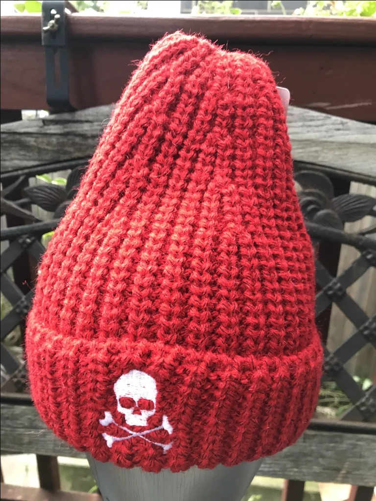 Midnight Cable Ribbed Skull Cap - Red