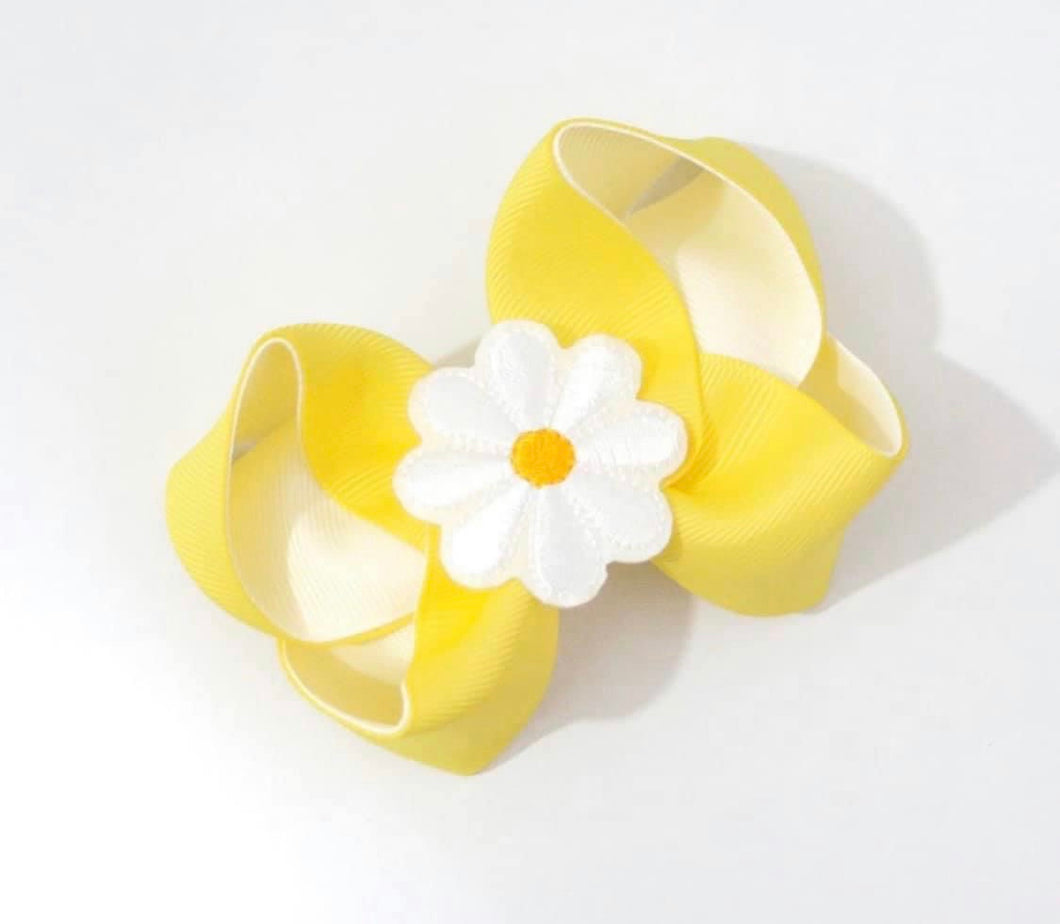 Daisy large boutique bow