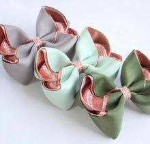Load image into Gallery viewer, Metallic Lined Large Boutique Bows - All Colours