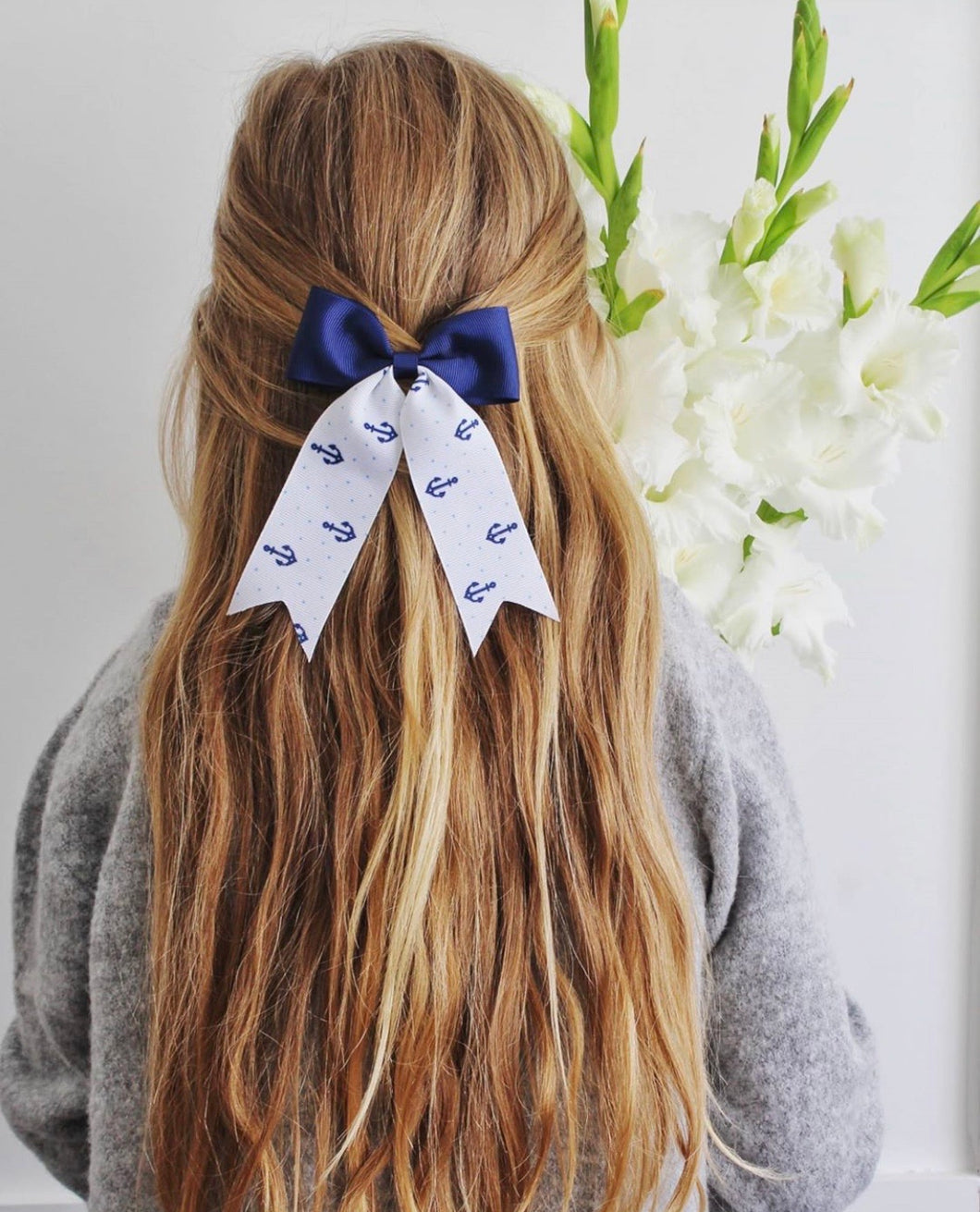 Anchor ponytail bow