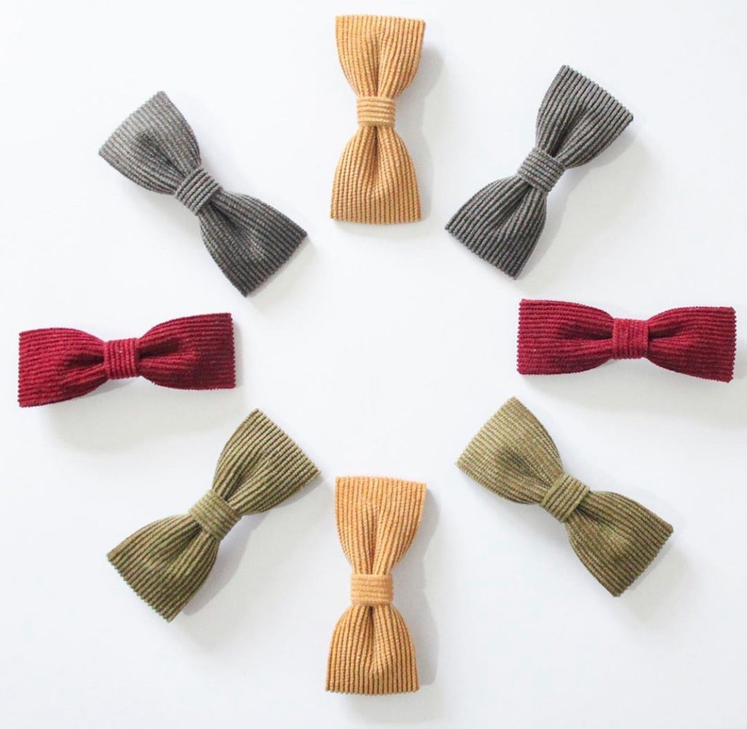 Corduroy Single Pinch Bows