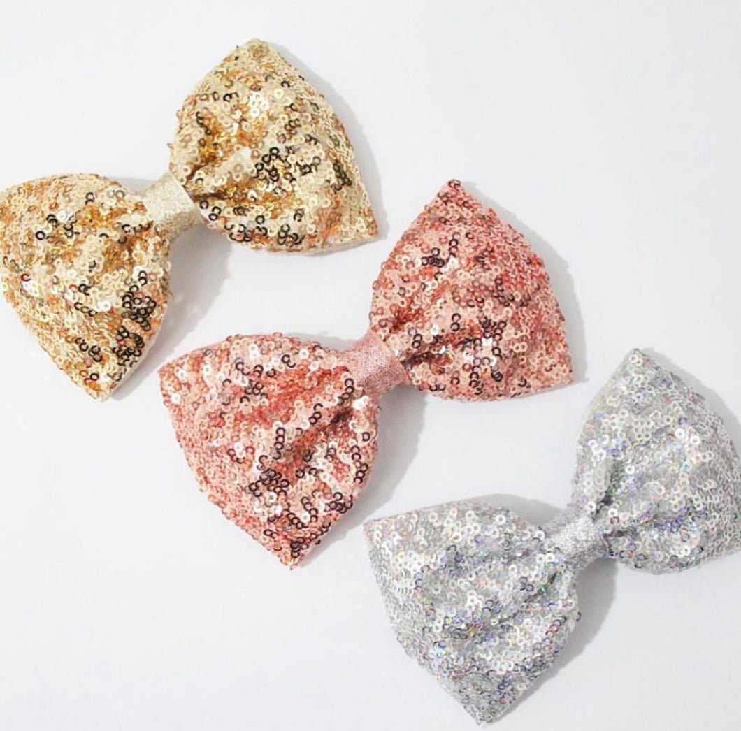 Metallic Sequin XL Pinch Bow