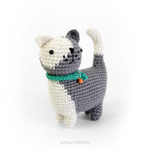 Ugo the Amigurumi Cat | PDF Crochet Pattern
