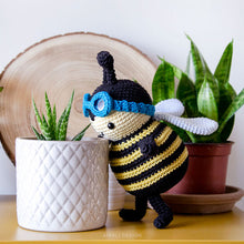 Load image into Gallery viewer, Zeno the Amigurumi Bumblebee | PDF Crochet Pattern
