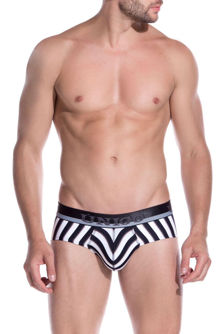 Male underwear model wearing Unico 1905020110230 Briefs Blocks available at www.MensUnderwear.io