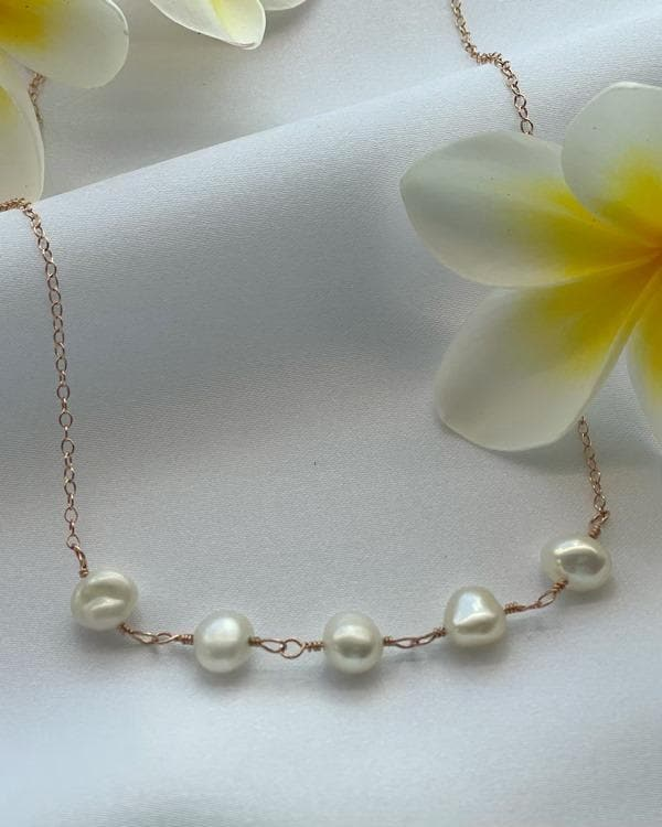 styleinshop Necklace-Gemstone Freshwater white Pearl Necklace