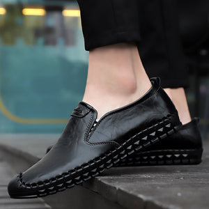 Comfortable Slip-On Black Tipped Men Moccasins
