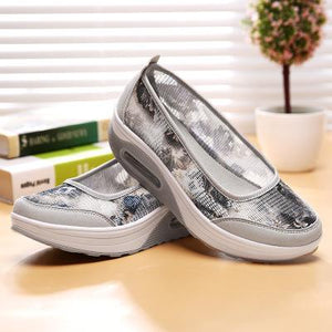 Slip on Breathable Mesh Women Sneakers - Tsubo Shoes