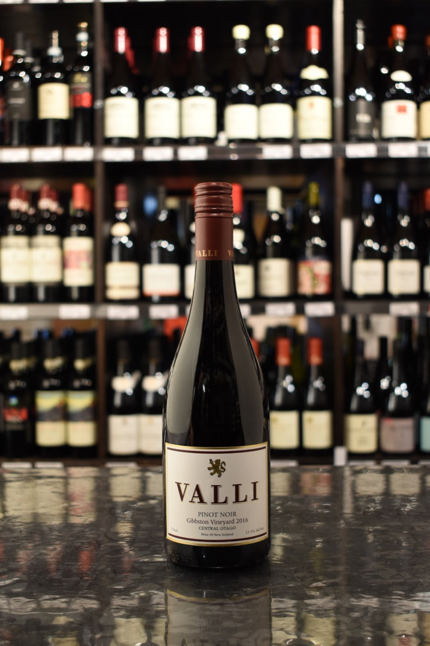 Valli 'Gibbston Vineyard' Pinot Noir