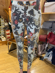 Hue Floral Old Masters Denim High Rise Leggings