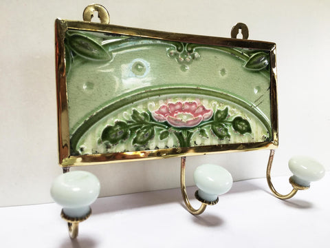 Nouveau Flower Arch Tile as a Hook