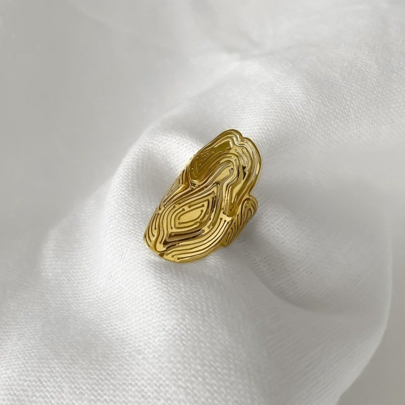 Saliana Shield Ring Gold Vermeil - Kay Konecna Studio. Independent jewellery designer based in London. Discover Women's Saliana Shield Ring Gold Vermeil. Visit the official e-store and shop with secure payments and fast worldwide shipping.