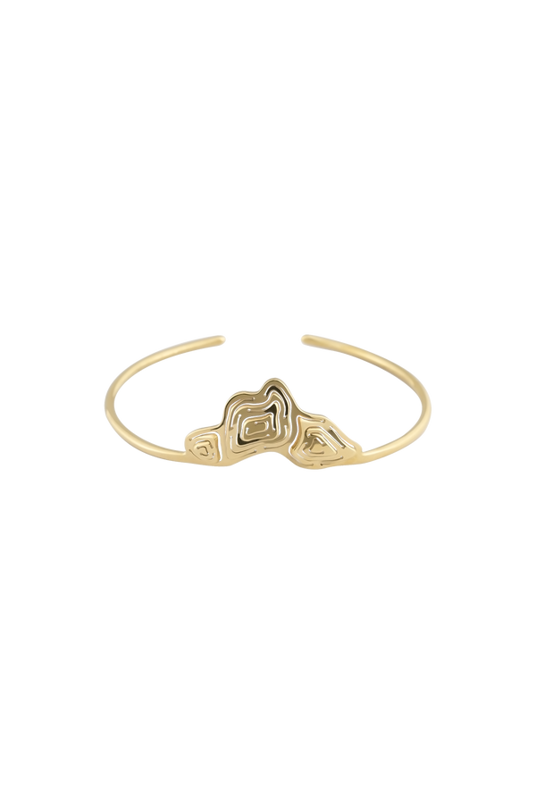 Pia Shield Cuff Gold Vermeil - Kay Konecna Studio. Independent jewellery designer based in London. Discover Women's Pia Shield Cuff Gold Vermeil. Visit the official e-store and shop with secure payments and fast worldwide shipping.