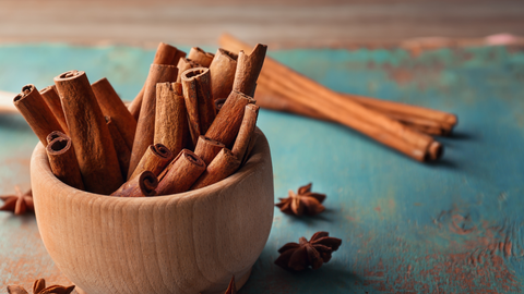 cinnamon essential oil has a spicy scent that will enliven your home