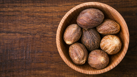 nutmeg essential oil adds instant coziness and savory flavor to an ambiance