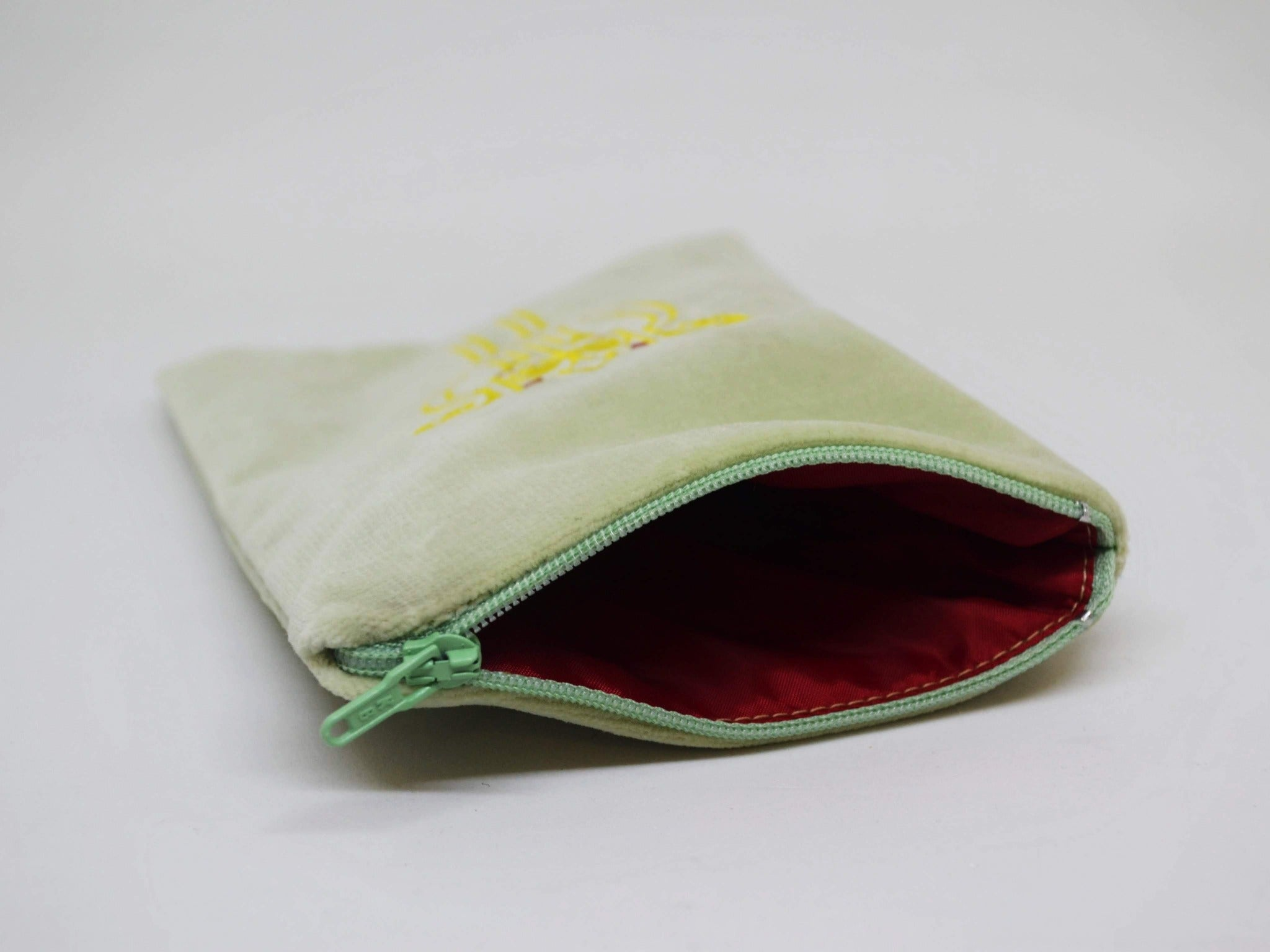 "Embroidered Cosmetic Bag Small ""Brooch"" Light Green"
