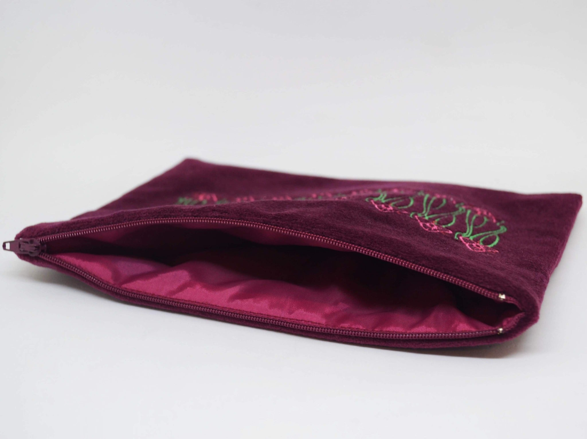 "Embroidered Cosmetic Bag ""Flowers"""