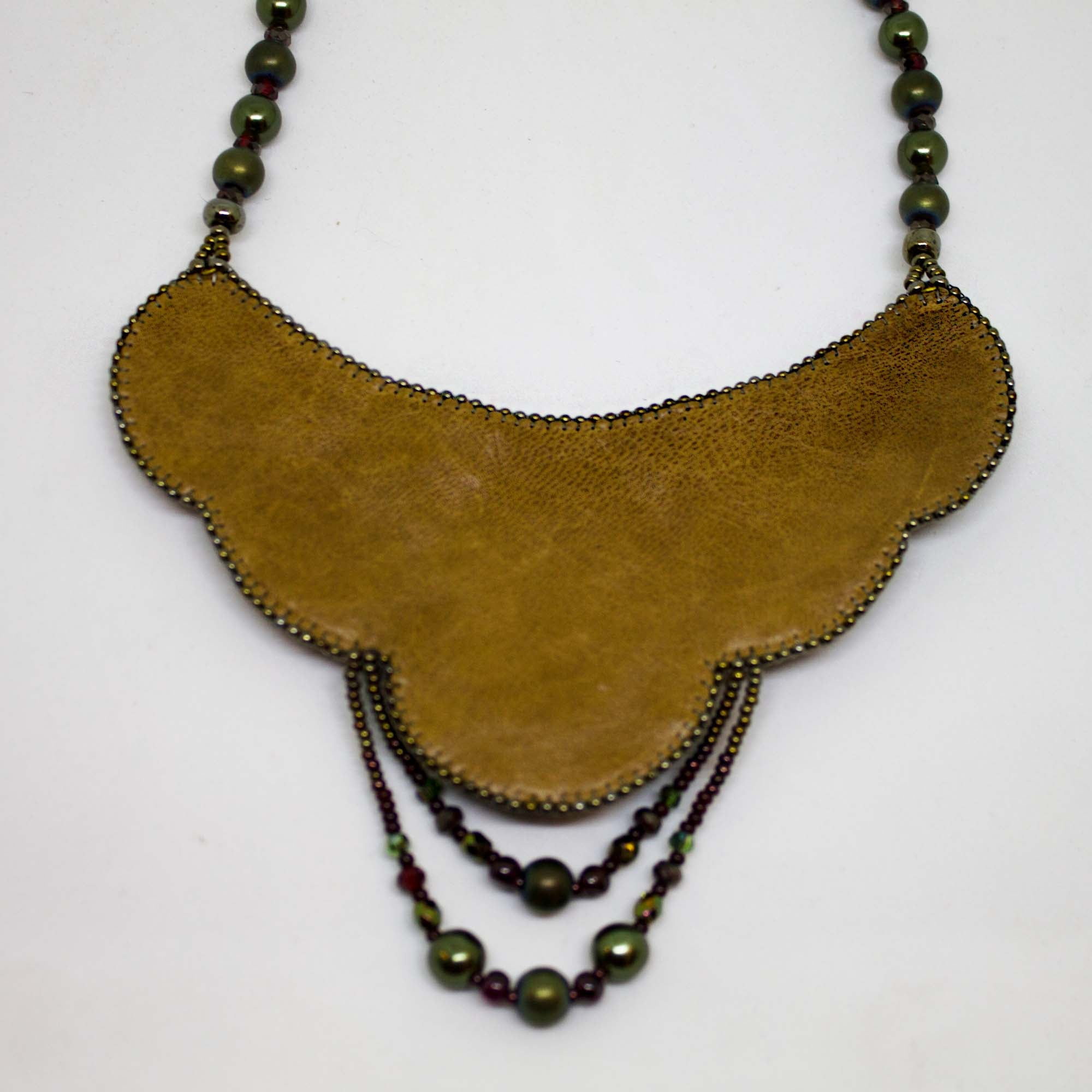 Necklace with Heliotrope stone