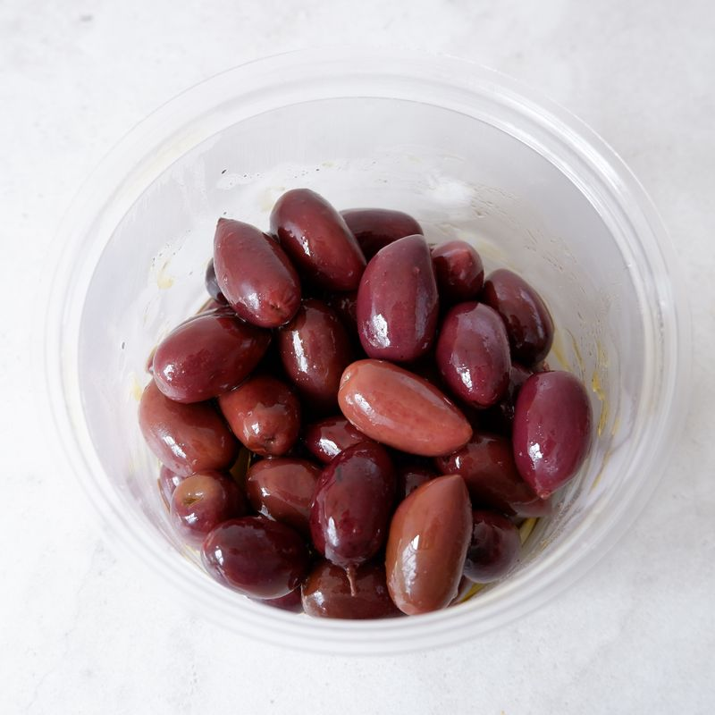 Dressed Olives (Kalamata in Oil)