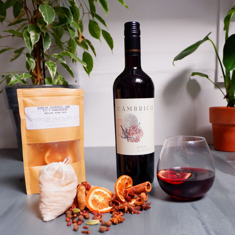Fig & Pomegranate Mulled Wine Mix w/Wine