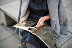 maru clutch metallic platino (vegetale)