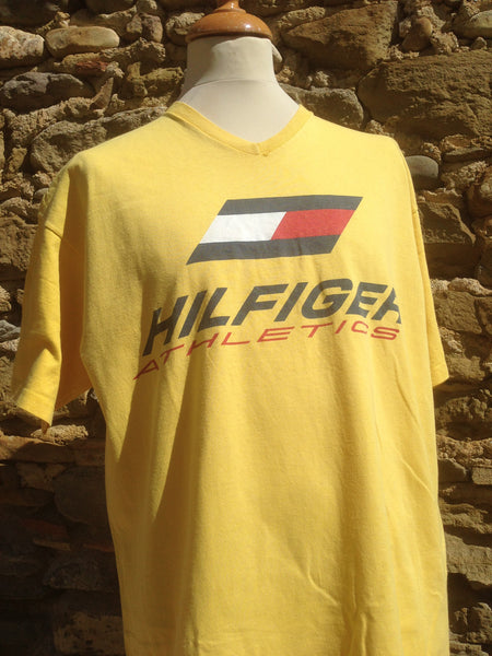 Vintage big print Hilfiger Athletics Top