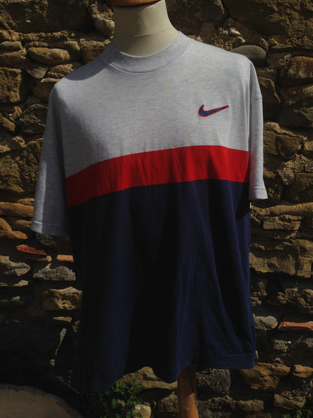Vintage sectioned Nike swoosh Top