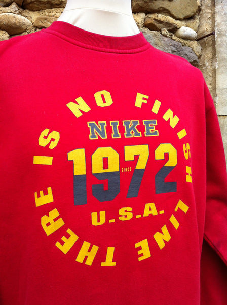 Nike There's no finish line 1972 Pullover