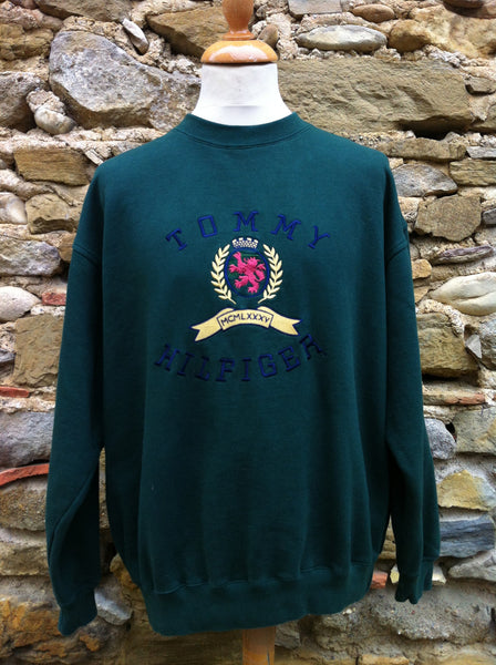 Vintage big crest Hilfiger Sweater