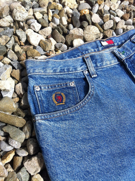 Vintage Hilfiger Crescent Denim Shorts (M/L)