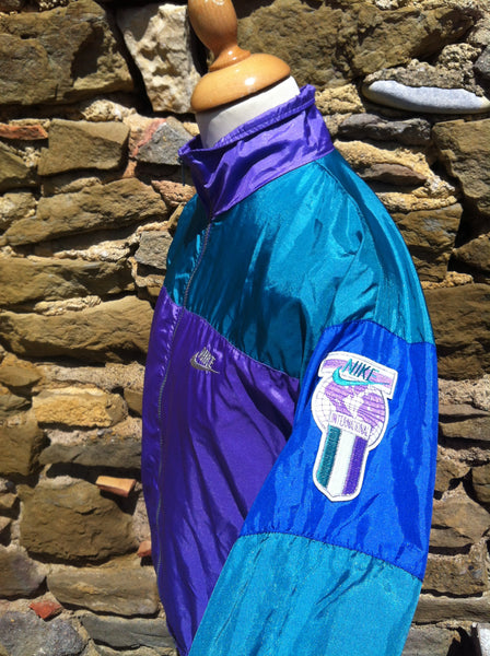 Vintage Nike International Windbreaker