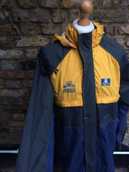 Vintage Adidas tech kayak jacket (L)