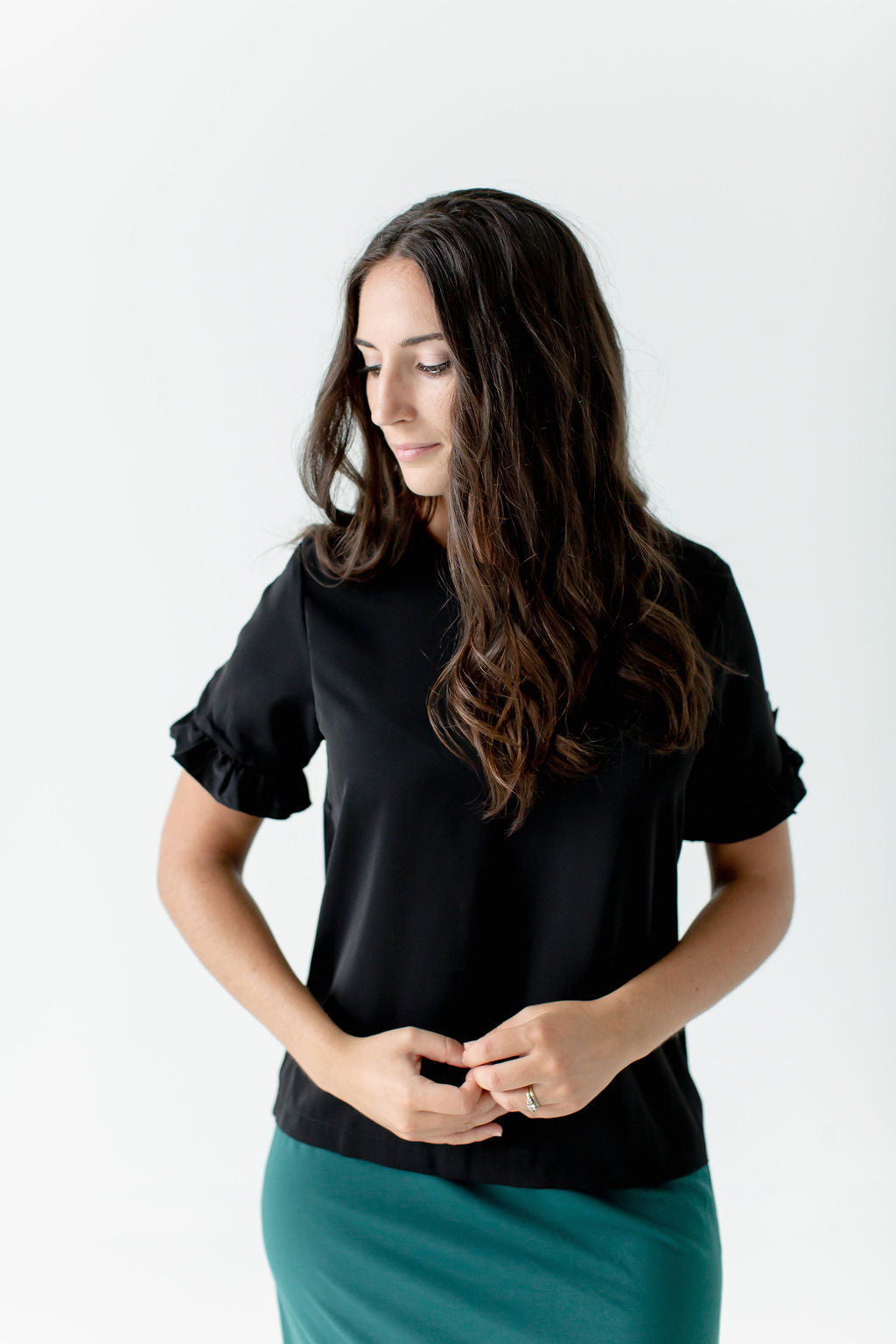 'Aslyn' Ruffle Sleeve Top in Black