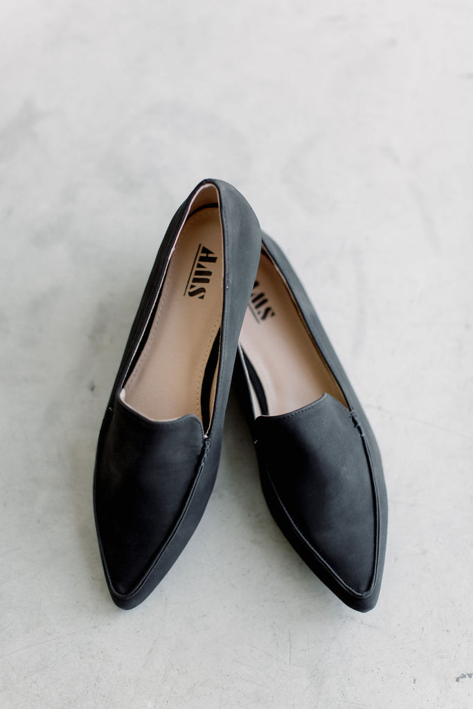 Pointed Toe Loafer in Black