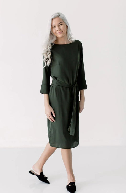 'Jana' Tie-Waist Shift Dress in Olive