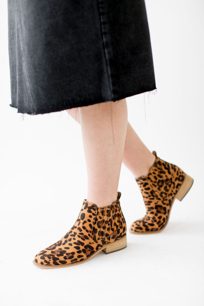 Chelsea Boot in Leopard Print