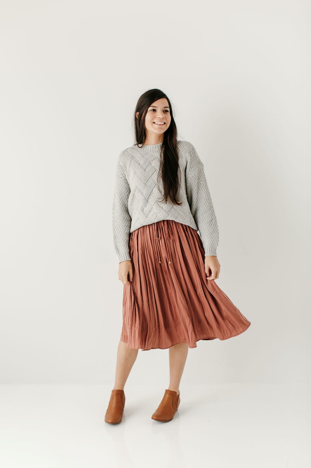 'Raquel' Pleated Midi Skirt in Dusty Rose