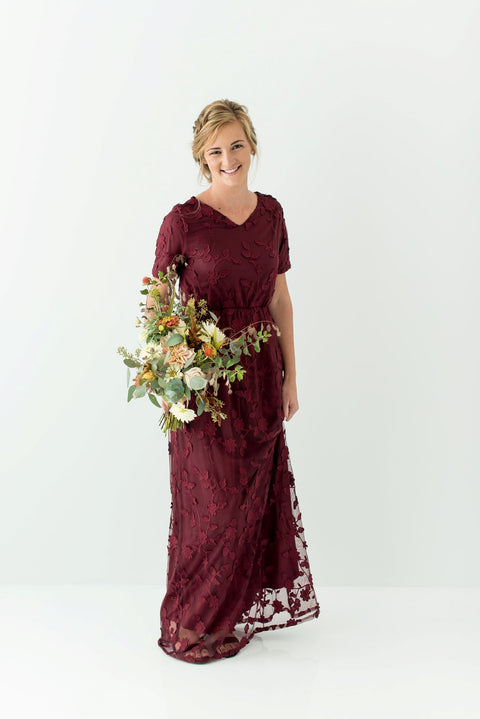 'Juliet' Lace Maxi Dress in Merlot