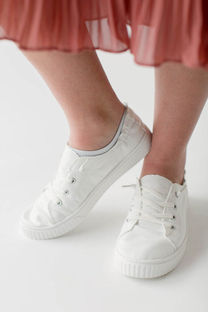 Canvas Sneakers in White