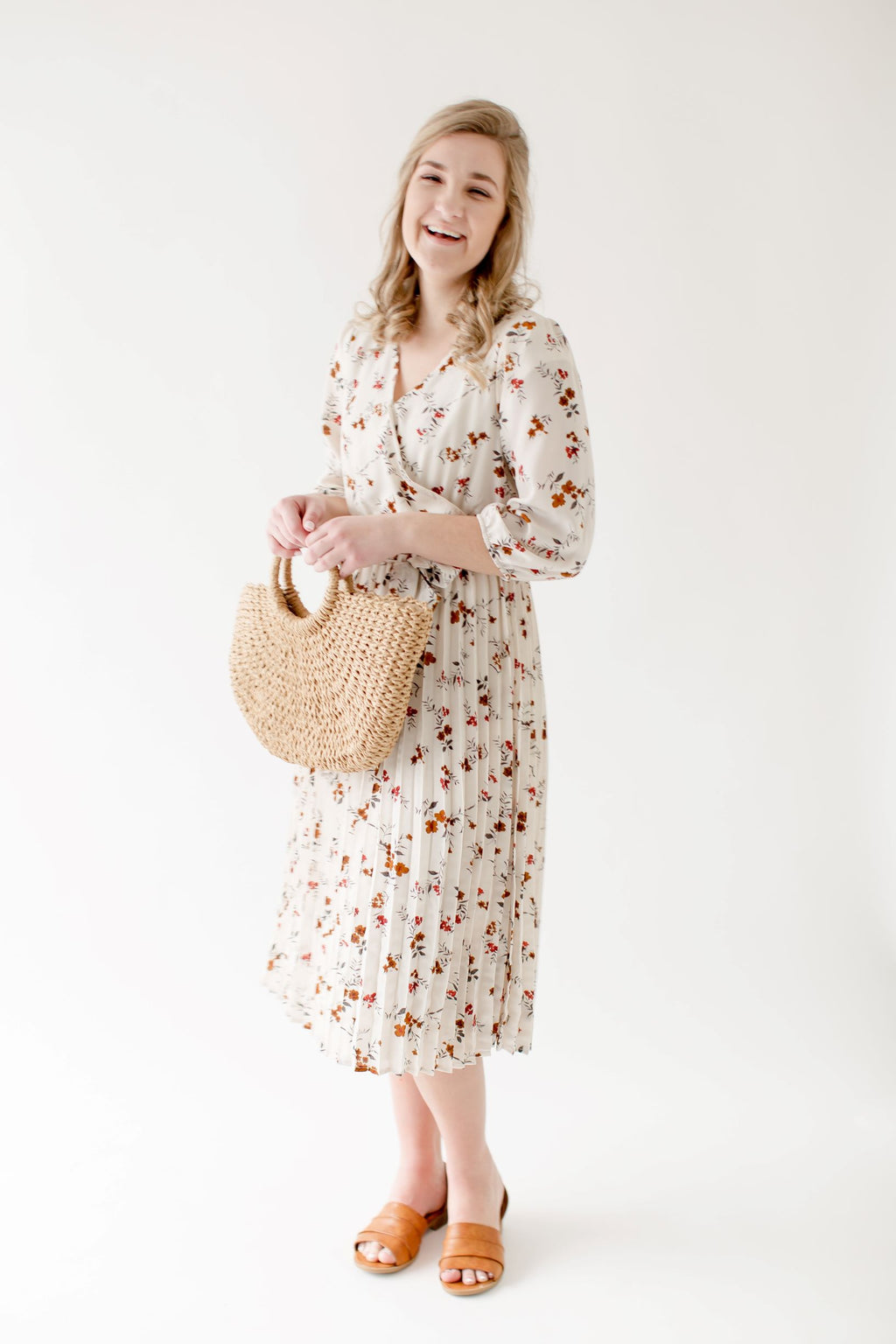 'Evynne' Floral Pleated Midi Dress in Ivory