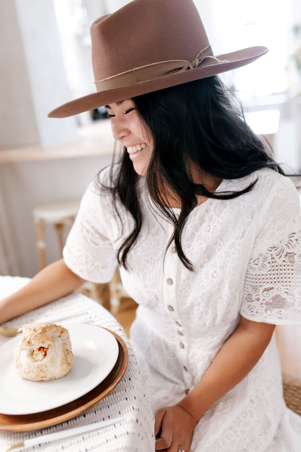 Wide Brim Hat in Pecan