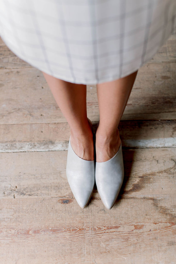 Daydreamer Block Heel Mules in Gray