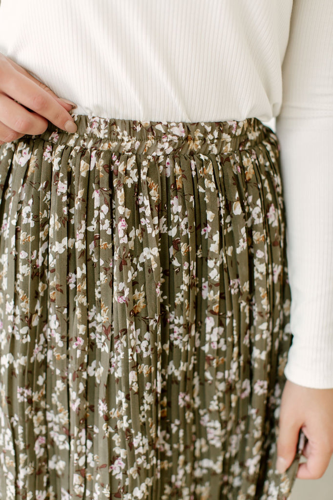 'Sariah' Pleated Midi Skirt