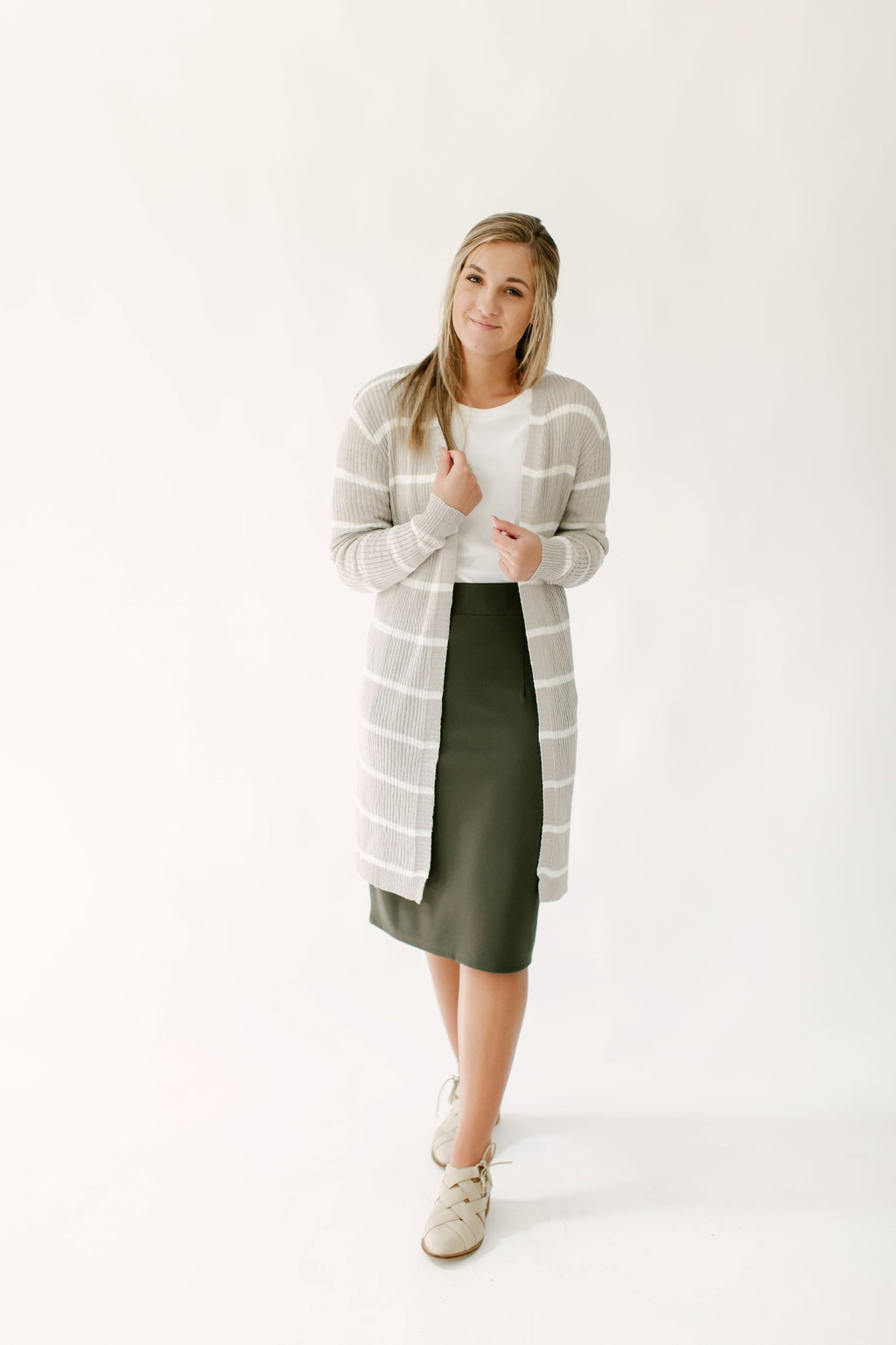 'Brinley' Ribbed Cardigan in White/Taupe Stripe